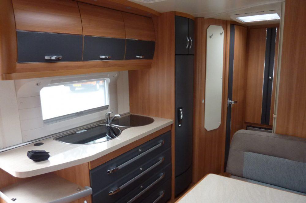 Caravan hobby 545 kmf 021