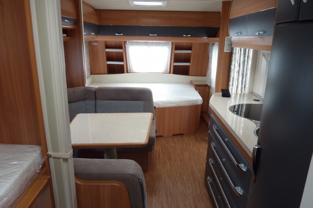 Caravan hobby 545 kmf 023