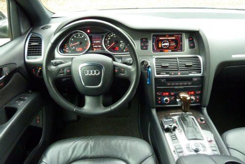 Audi - audi Q7 4.2 aut . proline quattro luchtvering1