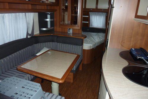 Caravan - hobby 650 kmfe 20111