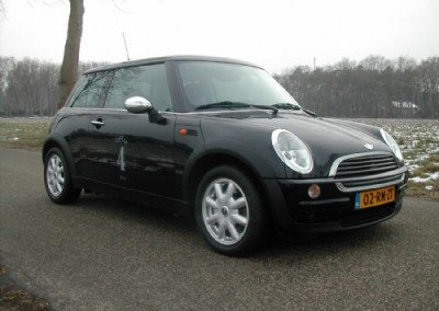 Mini – mini one 2001 zwart