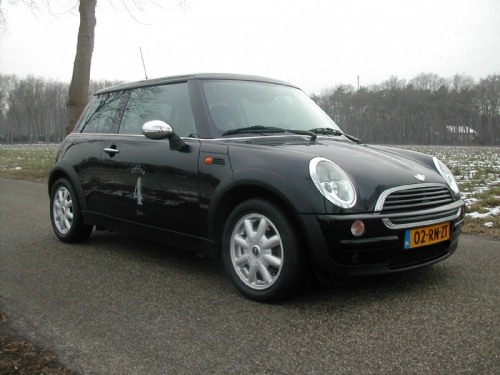 Mini - mini one 2001 zwart