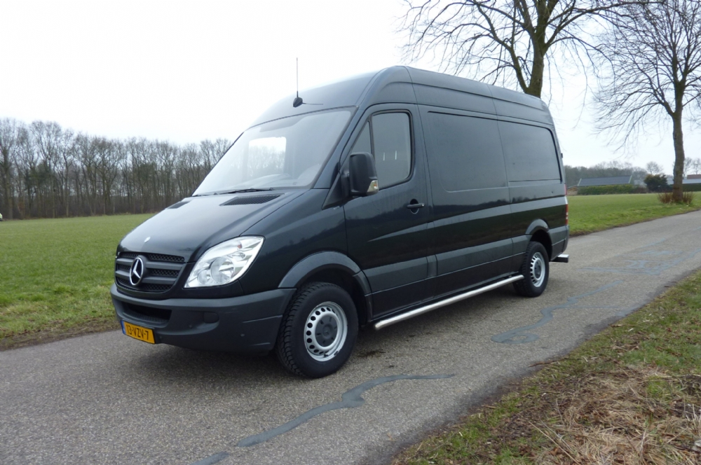 mercedes benz sprinter 318