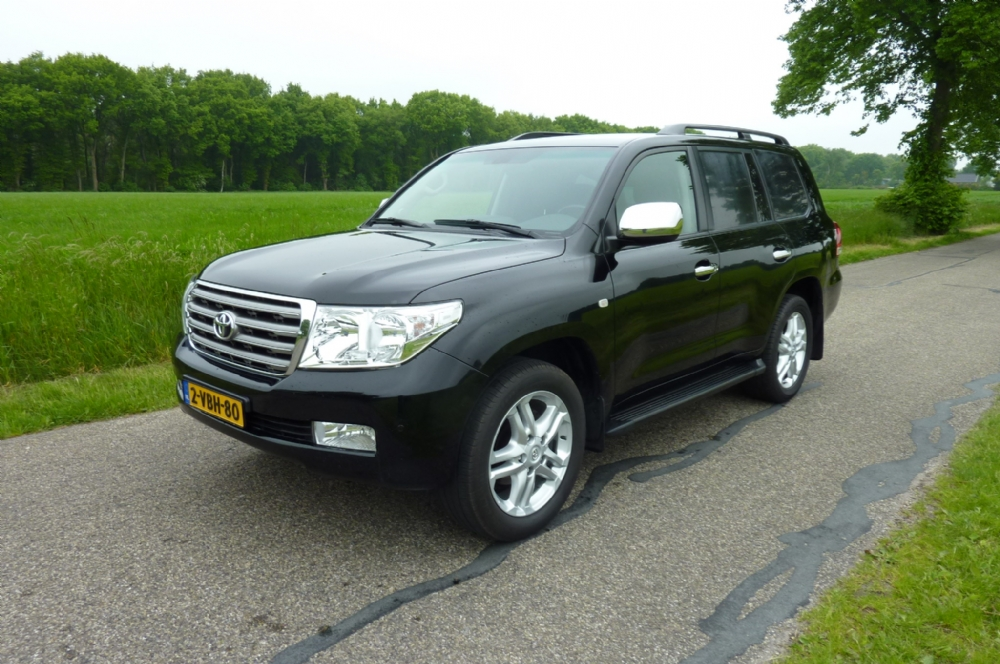 Toyota - landcruiser 200 V8 4.5 d-4d executive