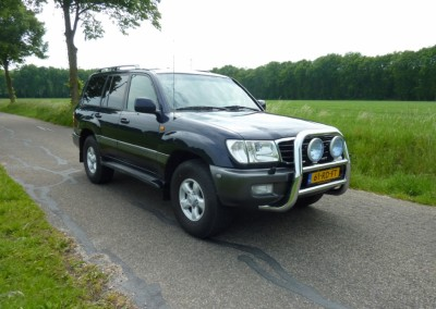 Toyota – landcruiser 100