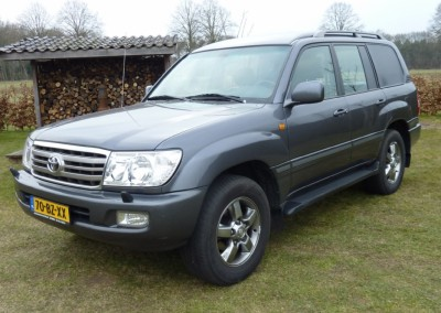 Toyota Land Cruiser 100 4.2 D-4D