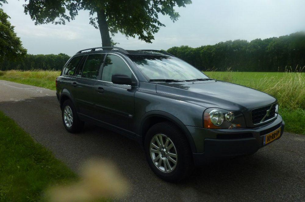 Volvo - xc 90 2.5 t